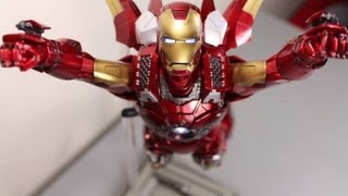 The Avengers Hot Toys Mark VII Iron Man Movie Masterpiece 1/6 Scale Collectible Figure Review