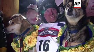 Former Iditarod Champion Denies Doping Dogs