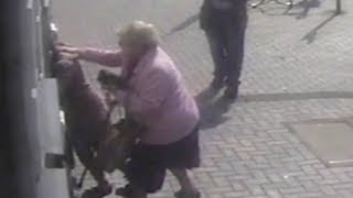 video: 'She picked the wrong one when she picked Doreen': Watch pensioner turn tables on cash machine 'thief'