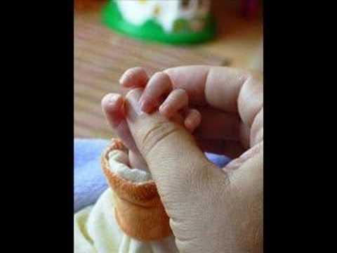 Veure vídeoDown Syndrom: Sind so kleine Hände