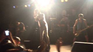 Chiodos - U.G. Introduction + 3 A.M. (Live at Soma)