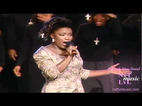 D'Atra Hicks - The Storm Is Over (LIVE)