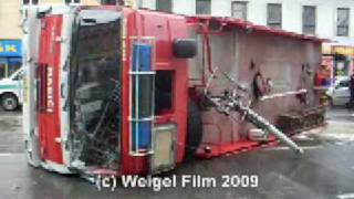 preview picture of video 'Fire truck incident in Brno - Křenová street'