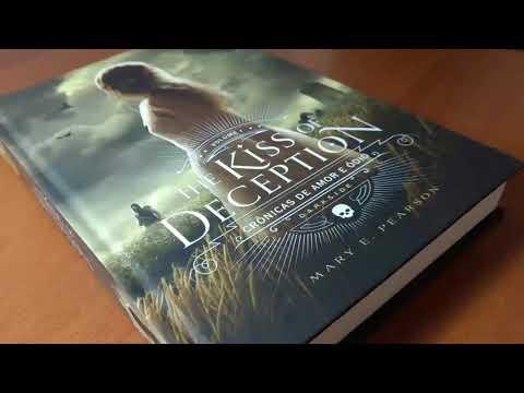 Review - LivroThe Kiss Of Deception ? Crônicas de Amor e Ódio ? Vol. 1