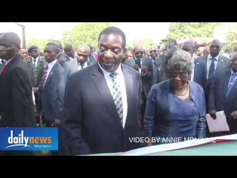 WATCH: Zim army boss summoned by 'sharp-eyed' new president Mnangagwa over spelling error