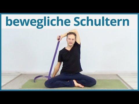 Yoga Übungen Gurt ✅ bewegliche Schultern