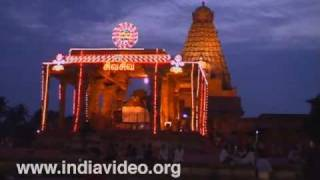 Night falls on Brihadeeswara temple