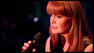 "Kate Baldwin Sings Pretty! See Her Gorgeous Take on ""Look at You, Look at Me"" at 54 Below"