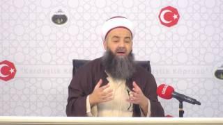 Müslüman Olmak İsteyeni Önce Gusül Almaya Göndermemeli!