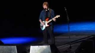 Can't Help Falling In Love/Con Te Partirò/Thinking Out Loud - Ed Sheeran @ Forum Assago, Milano