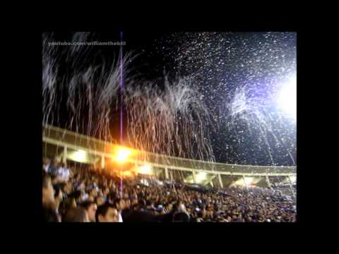 O que mudou nas arquibancadas em 5 anos? Veja uma grande festa da Fiel em 2009!