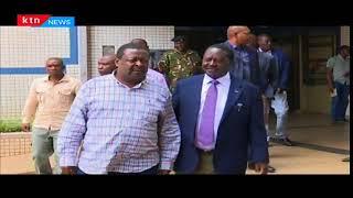 President Uhuru Kenyatta defy's Raphael Tuju's advise and meets IEBC chairman Wafula Chebukati