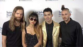 Братья Джонас, DNCE, Joe Jonas New Band // Caritas Gala 2015 ARRIVALS