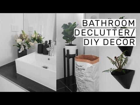 Bathroom Decluttering + DIY Decor // Rachel Aust