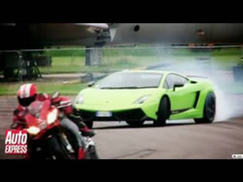 Aprilia RSV4 Superbike vs Lamborghini LP570-4 Superleggera