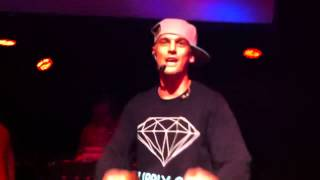 Aaron Carter performing Another Earthquake & America AO