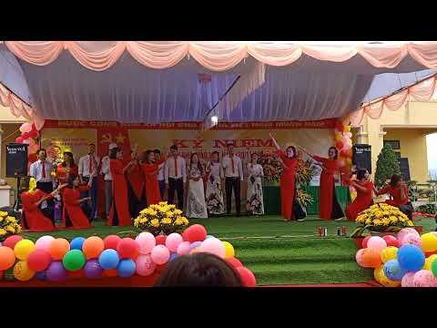 Múa vui hội bản mường kỷ niệm ngày 20/11 và đón nhận cờ thi đua của chính phủ ngày 20/11/2019