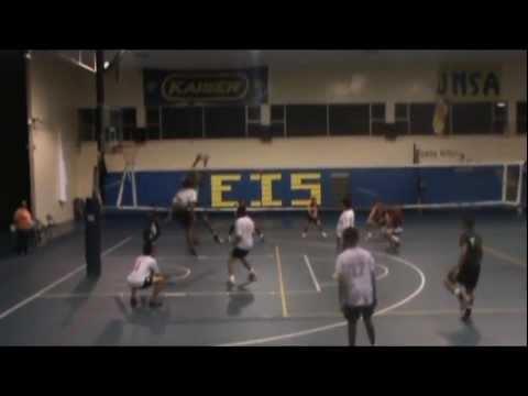 Tecla Volley-en HND remate en la cara