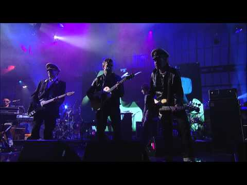 Gorillaz - On Melancholy Hill (Live on Letterman)