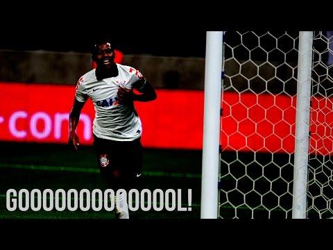 Elias marca o segundo gol do Corinthians e empata a partida