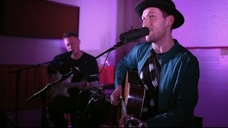 Aston Rd Sessions Thomas Oliver Shine Like The Sun ft Louis Baker Live Video