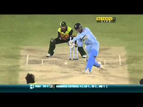 Virender Sehwag hits Afridi for 2 big sixes