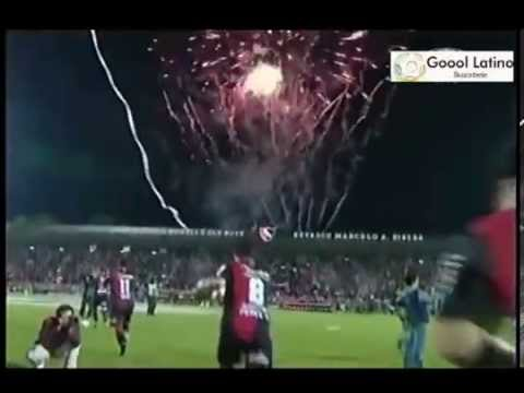 """Salida de Newells 2 vs Atletico Mineiro 0 - Copa Libertadores - Semifinal - 03-07-2013 - Ida"" Barra: La Hinchada Más Popular • Club: Newell's Old Boys • País: Argentina"