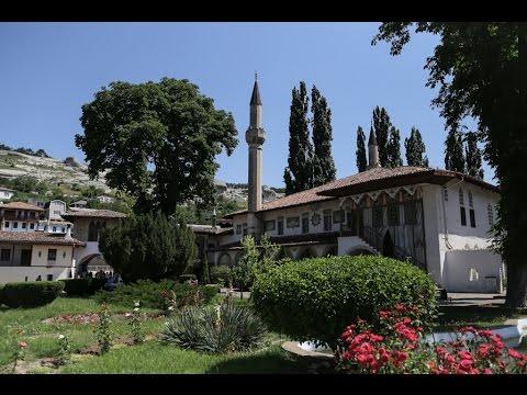 Крым: Ханский дворец в Бахчисарае /Crime