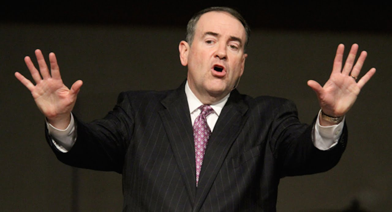 Huckabee: Obama Sticking Israel In Nazi Oven! thumbnail