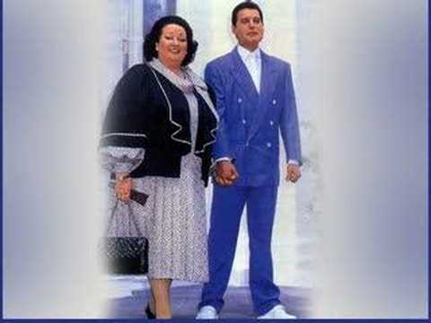 Freddie Mercury and Montserrat Caballe-The Fallen Priest