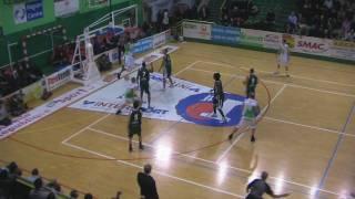 action du match de Lorenzo Orr contre ST ETIENNE