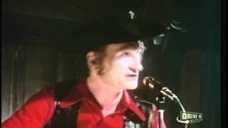 Stompin' Tom Connors - Green Green Grass of Home