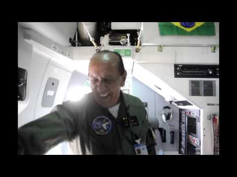 Infodefensa visita el KC390 que recibirá Brasil en octubre