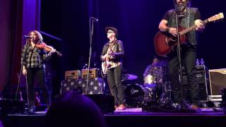 Steve Earle And The Dukes And Duchesses - Baby's Just As Mean As Me - Newton Theatre 12/3/16