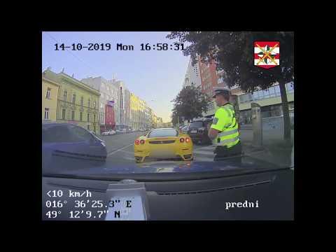 Policie ČR: Řidič skončil v cele