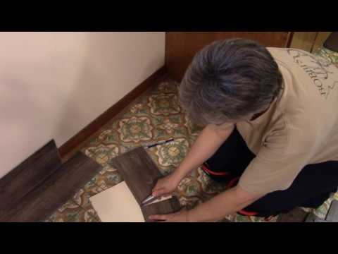 House updates – Laying new floating vinyl plank floor
