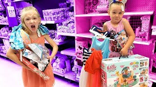I'll Buy WHATEVER You Can Carry CHALLENGE!!! (Girls ONLY)