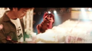RAGGAMUFFIN  [OFFICIAL VIDEO] / THUNDER