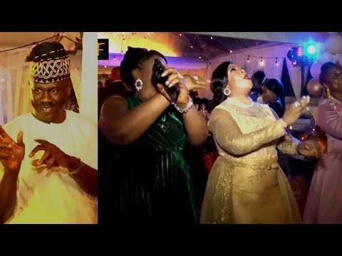 SEE HOW OBANIKORO SHOW LOVE TO AFOLAKE OSHINOWO AS SHE CELEBRATED HE GOLDEN JUBILEE BIRTHDAY