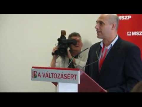 A Fidesznek támogatnia kell az államfő elmozdítását