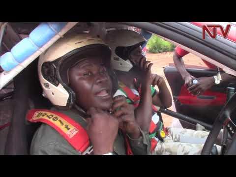 MMOTOKA Z'EMPAKA;  Wagguddwawo ekisaawe ekirala e Buloba