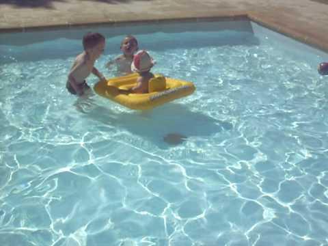 La piscine pour tout petit au Pins de La coubre