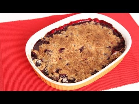 Blackberry Crumble Recipe – Laura Vitale – Laura in the Kitchen Episode 616