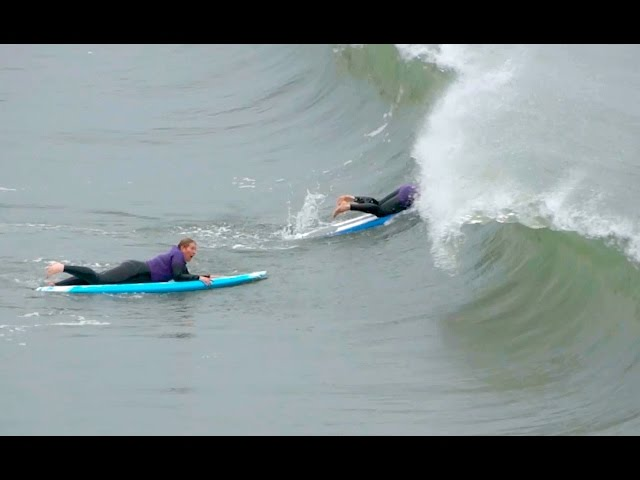Surf Lesson Gone Wrong Surfing School Students Get Slammed by Waves