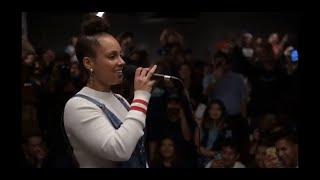 Alicia Keys singing If I Ain't Got You acapella, Spanish Version