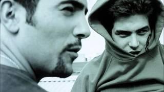 Estopa - El de en Medio De Los Chichos [Estopa 1999]