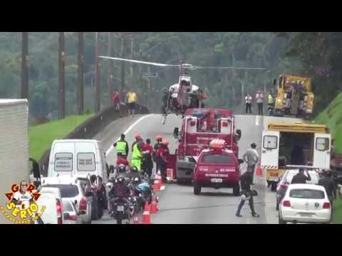 Acidente Grave na Br 116 Régis Bittencourt no Km 310 sentido Sul em São Lourenço da Serra , Helicóptero  Águia 11 da Polícia Militar foi acionado para o resgate das Vítimas