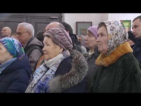 Богослужение в Ушаковском храме в день рождения праведного воина