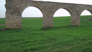 preview picture of video 'Kamares Aqueduct (Bekir Pasha Aqueduct), Larnaca, Cyprus'