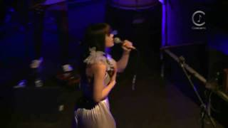 [HD] Bat For Lashes - Sleep Alone (Live Shepherds Bush Empire 2009)
